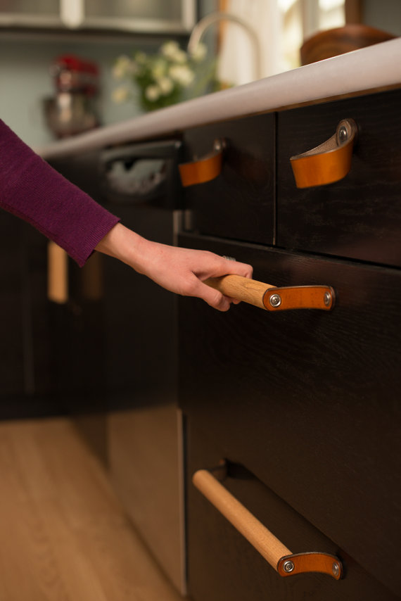 High Quality Cabinet Hardware: Walnut Studiolo Leather Drawer Pull | Revuu: Search For  Excellence In Luxury