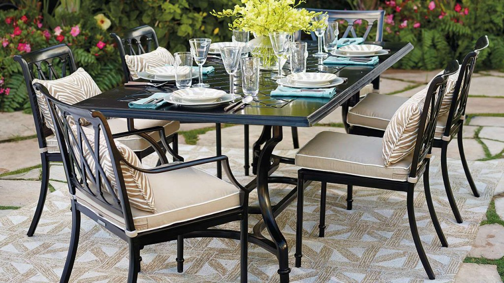 Luxury Outdoor Furniture: Frontgate Grayson Dining Furniture | Revuu: Search for Excellence in Luxury Interiors