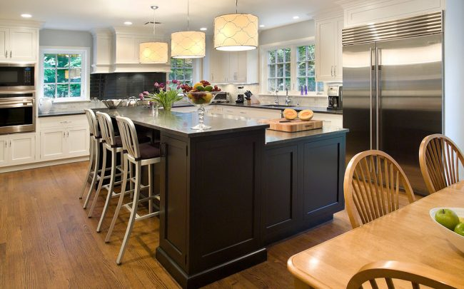 Mix and Match with Kitchen Cabinets: Hot New Trend For 2019